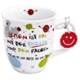 Die Geschenkewelt 45357 Kaffee-Tasse mit Spruch, Das Leben ist das mit der Freude, Porzellan, mit Geschenk-Anhänger, 40 cl