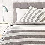 Amazon Basics - Bettwäsche-Set, Jersey, breite Streifen, 135 x 200 cm / 80 x 80 cm, Grau