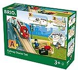 BRIO World 33773 Eisenbahn Starter Set A – Die perfekte erste Holzeisenbahn mit Tunnel und Figuren – Kleinkinderspielzeug empfohlen ab 3 Jahren